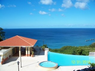 Stunning Ocean View Condo, Internet, Pool, Beach...