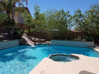 North Phoenix 5 Bdrm 2.5 Ba With Heated Pool And Spa