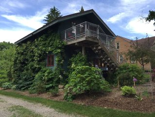 Great location. Private & quiet, convenient to University of Michigan & downtown
