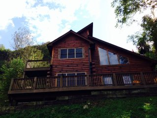 Mountain Side Log Cabin