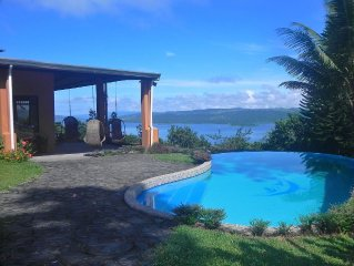 Luxury In The Jungle Above Beautiful Lake Arenal with FREE BREAKFAST!