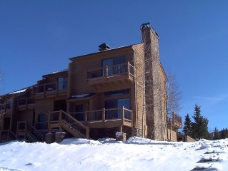 The Best Location!!! - Ski-in Ski-Out Cedars Townhouse