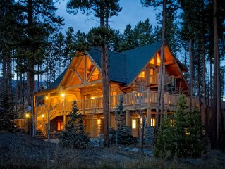 Walk to Slopes, Close to Main St., See Discounts, Luxury Log Home