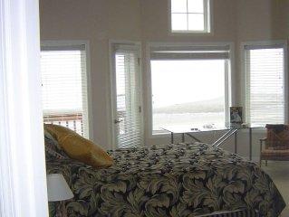 Whidbey Island Beach House-Useless Bay