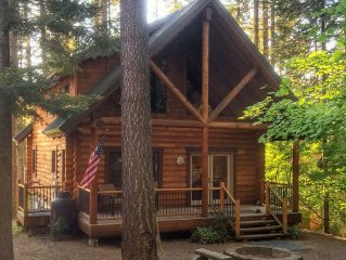 Custom, Log Cabin *Near Suncadia & Roslyn *Winter in the Woods* All Year Access*