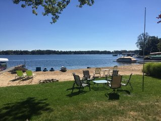 Lakefront 3 bedroom Cottage/Silver Lake in Rockford - Grand Rapids Area