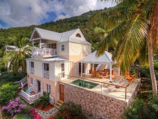 Beautiful 3 bedroom villa with dip pool, ocean views and 4 mins walk to beach