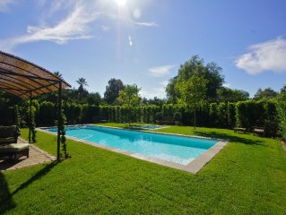 Zen Gardens a peaceful retreat home ,saltwater pool,  South of France flaire