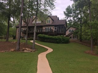 Perfect Family Gathering Spot On Lake Oconee.  5 Bedrooms With Ritz Lake Views