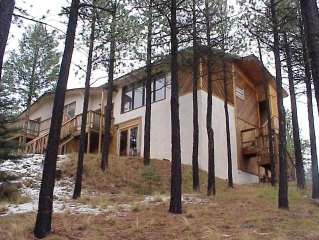 Great Family 5 BR Lodge - Views of Wheeler Peak -