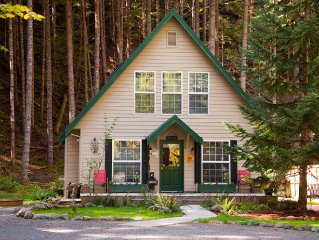 Book The Elk Crossing Chalet for your summer vacation at Mount Rainier!