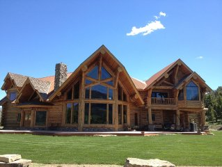 Log Lodge, Family friendly, near Yellowstone Park on our private ranch