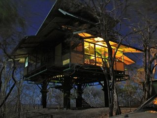 Luxury Treehouse for Rent