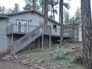 Quiet Large Home In The Cool Pines, Sleeps 10 Or More!! Great Family Home