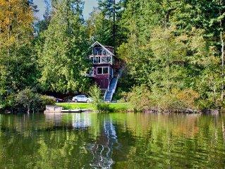 'Emerald Lake Chalet' -  Lakefront Retreat