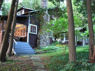 Waterfront Historic Home, Views, Private Beach, Walk to Town