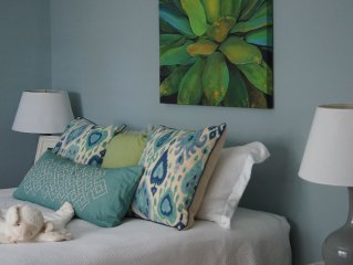 Charming East Beach Cottage Only Steps From The Beach! Perfect Family Vacation!