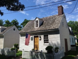 Premier St. Michaels Cottage-- Best In Town Locat