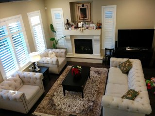 Beautiful New Luxury Home On 'The Drive' & Minutes From Downtown & The Highway