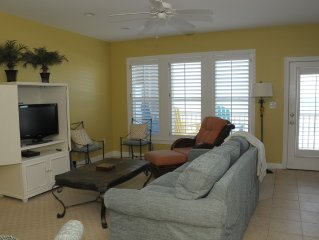 Beautiful Ocean Front 2BR Condo: Relaxing Sunsets Included  G202
