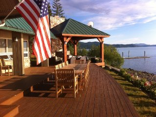 Large family-friendly house on the lake with 270' lakefront access