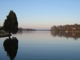 Lake House and Golf Retreat