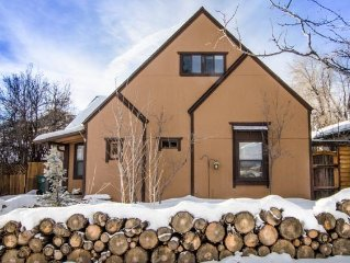 Nestled In Downtown Flagstaff - Birch House Is Waiting For You!