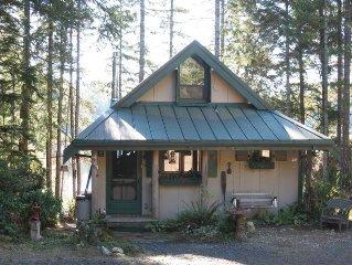 Sweet Huckleberry Cottage on Old Hatchery Lake