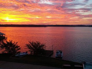Has it all...Pool, Big Water View, Spa, deep water dock, Auburn Side of Lake!