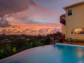 7 Minute's drive to the Rodney Bay Village and it's amenities