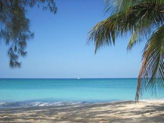 Luxury groundlevel beachfront condo on 7 mile beach