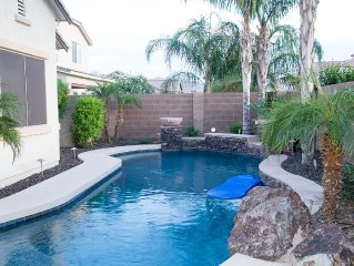YourSunValleyEscape-4 bed/3 bath, 3100 sqft. Private Pool!