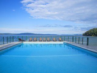 Oceanfront Getaway with a Pool & Hot Tub, Yellow Point, Nanaimo area