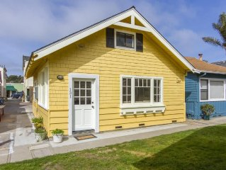 Beautifully remolded cottage -  Only 100 Yards from the sand and festivities!