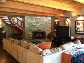 THE ULTIMATE! Warmer location, Spacious, PERFECT for GOLFERS, FAMILIES, Pets