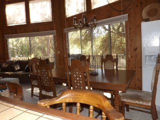Lovely cabin in the beautiful Pine Mountain Lake in Yosemite National Park area.