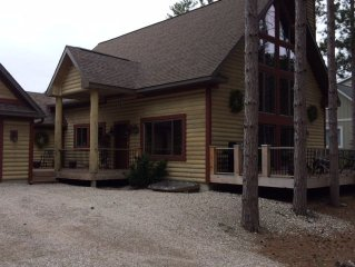 Beautiful! Newly Renovated 4 Bedroom Crystal Mountain Resort Property.