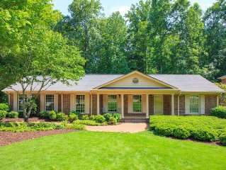 Furnished Lovely Wheelchair Accessible Home 4 Bdrm, 3.5 Ba in Sandy Springs