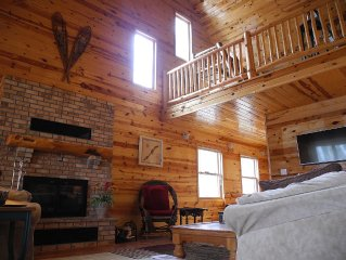 Experience The Up North Feel On Premier Long Lake In Like New Chalet Lake Home!