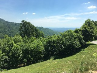 Heavenly View Cabin - Large Cabin/Incredible Views/Reasonable Rates