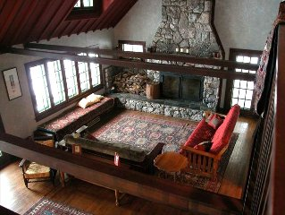 Cedar Cliff Retreat - Stunning 1920's Craftsman on Lake Superior Shore