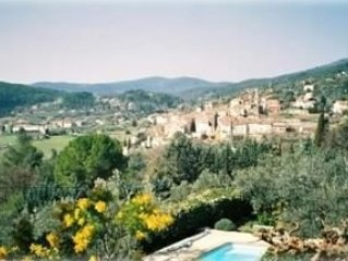 Provencal Villa with Great Views, Pool, Garden & Olive Trees