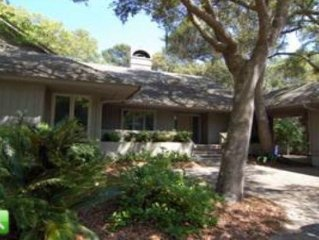 Near Beach, On Golf Course Private Home at Affordable Rates