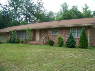 Family and Pet Friendly Home on Deep Creek.