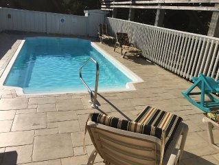 God's Blessings! Oceanfront Views: 4BR Retreat; Private Pool, Spa, Pub Room.