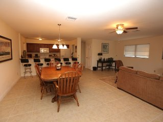 Waterfront Home in Paradise -  2/2 Sleeps 6 - Minutes To The Gulf Of Mexico