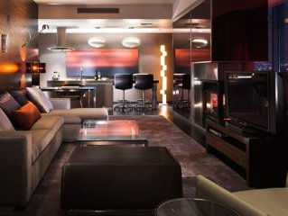 Palms Place Hotel-Stunning Modern Giant Suite-Amazing Strip View!!! Great Price!