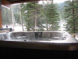 Ski in / Ski Out - Hot Tub, View, Den & Garage