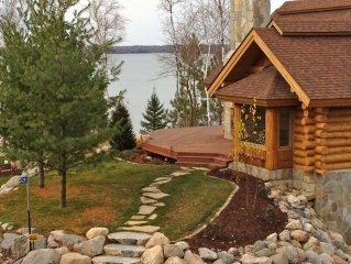 Gorgeous 3 Bdrm Log Cabin on Premier Lake with Beautiful Views
