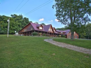 Grace Valley Log Lodge, Your Private Retreat!